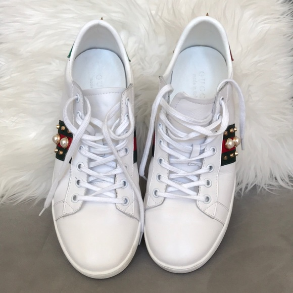 Gucci Shoes - 💯 Authentic Gucci tennis shoes size 41 ( 10 USA) ba44473589a9